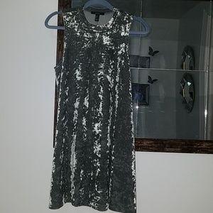 Forever 21 crushed velvet sleeveless swing dress